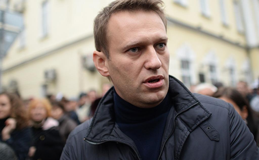 Алексей Навальный на шествии в поддержку политзаключенных