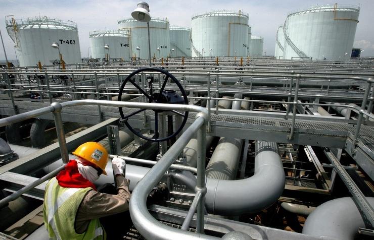 Цена на нефть сорта WTI в Нью-Йорке упала до шестилетнего минимума