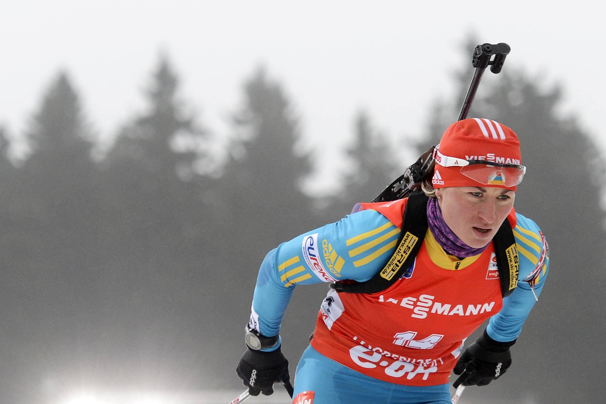 Валя Семеренко показала 4-й результат в спринте по биатлону