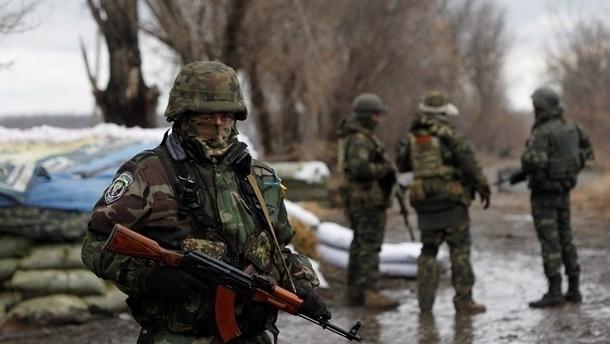 Боевики из минометов и «Градов» кроют Талаковку