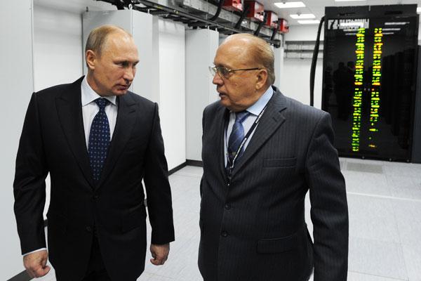 Ректор МГУ поделился с Путиным грандиозными научными планами