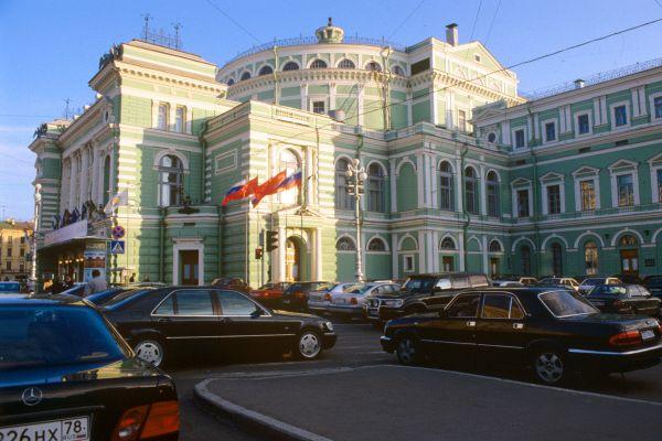 В Мариинском театре не нашли бомбу