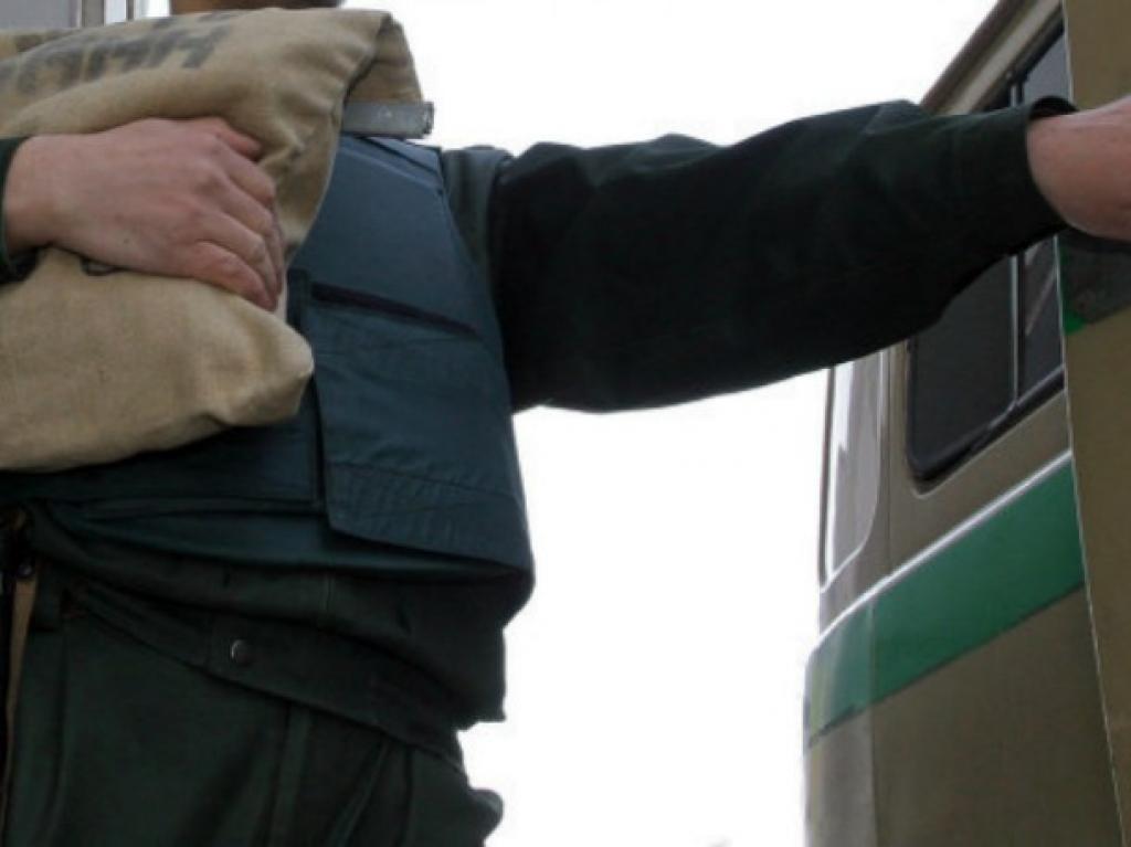 В Зеленограде неизвестные отобрали у инкассаторов 10 млн рублей