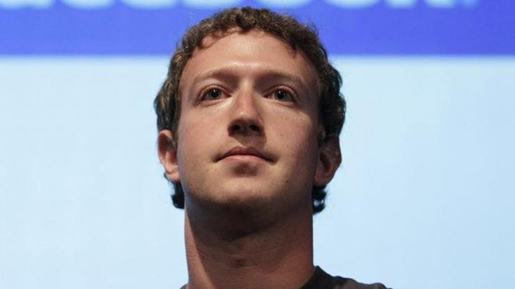 Facebook отрицает причастность хакеров к сбою в системе