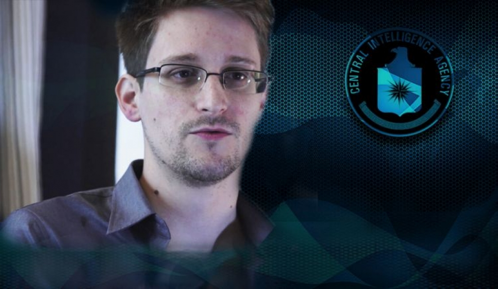 Сноуден: В iPhone встроен чип для слежки