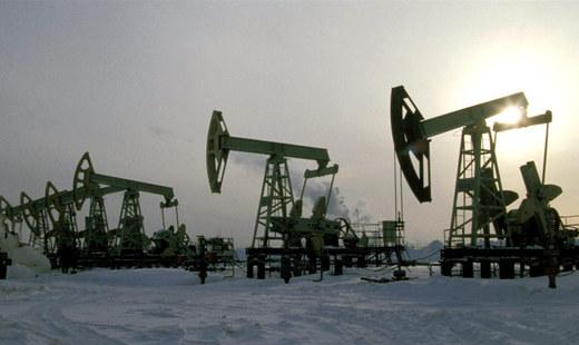 Около 3 трлн. рублей потеряет бюджет РФ, если цена барреля нефти составит