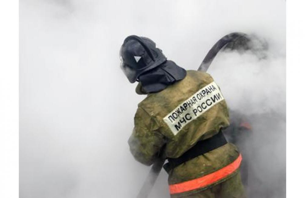 В Таганроге в районе тубдиспансера горело два автомобиля.