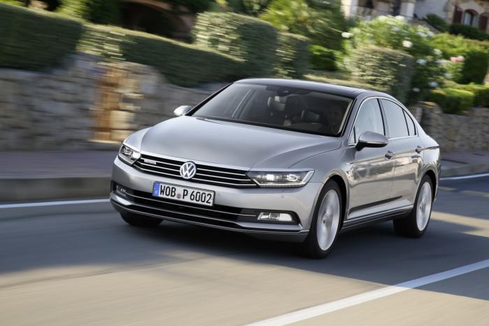 Volkswagen привезет в Женеву новый Passat CC