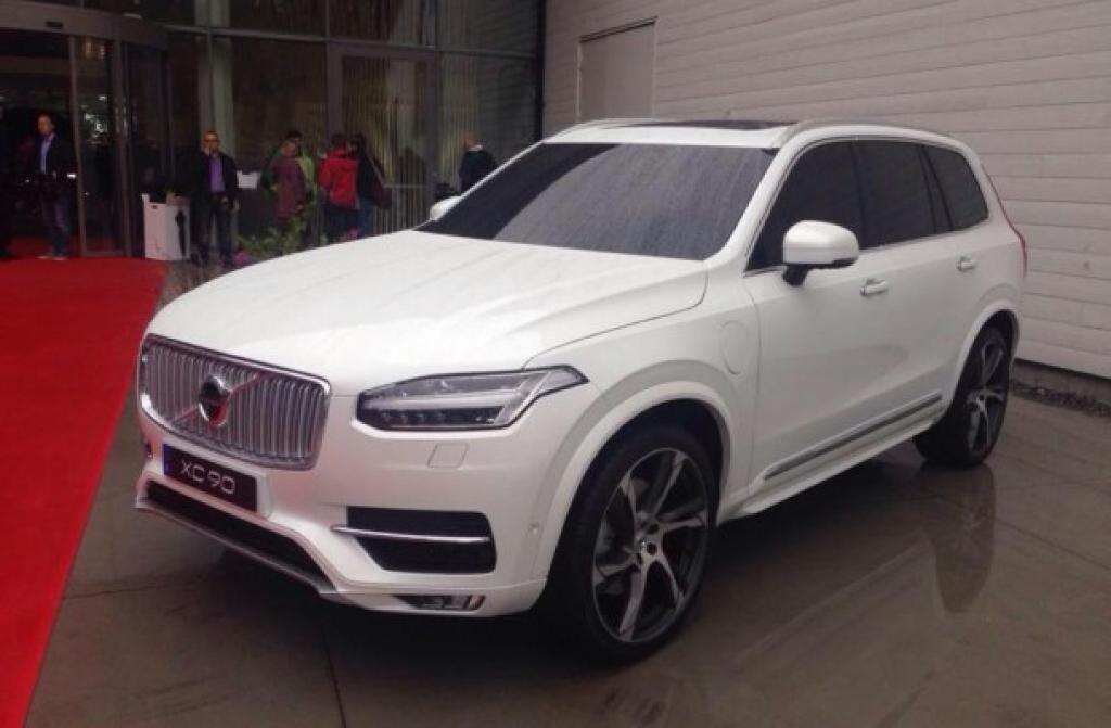 Volvo работает над более роскошной версией XC90 для Китая
