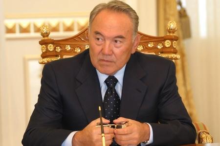 Назарбаєв попросив Обаму активніше зайнятися вирішенням українсько-російського конфлікту