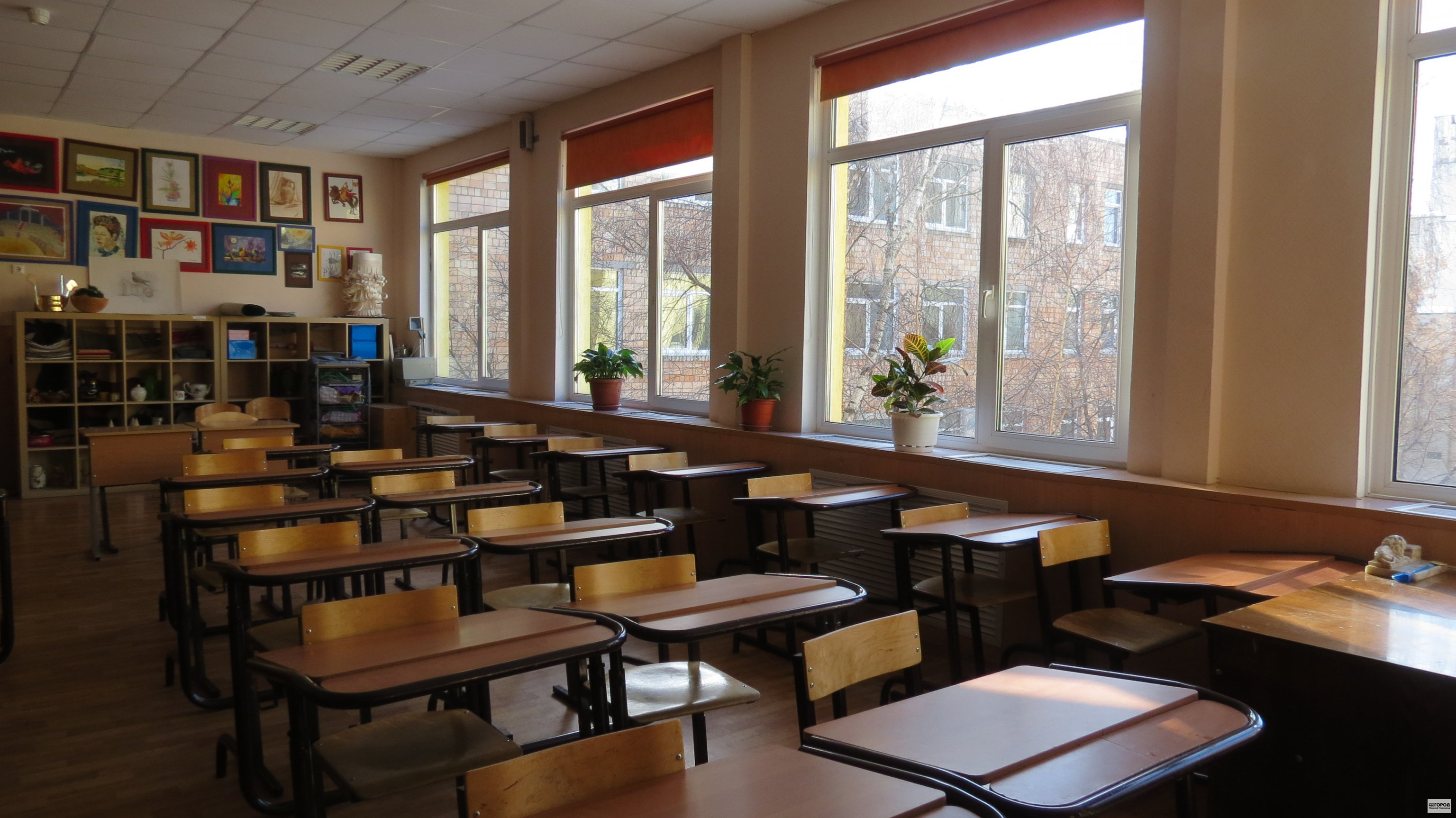 По факту гибели 8-летней девочки в нижегородской школе возбуждено уголовное дело 16+