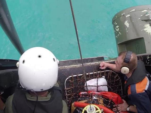 Спасатели засекли сигнал 'черных ящиков' лайнера AirAsia