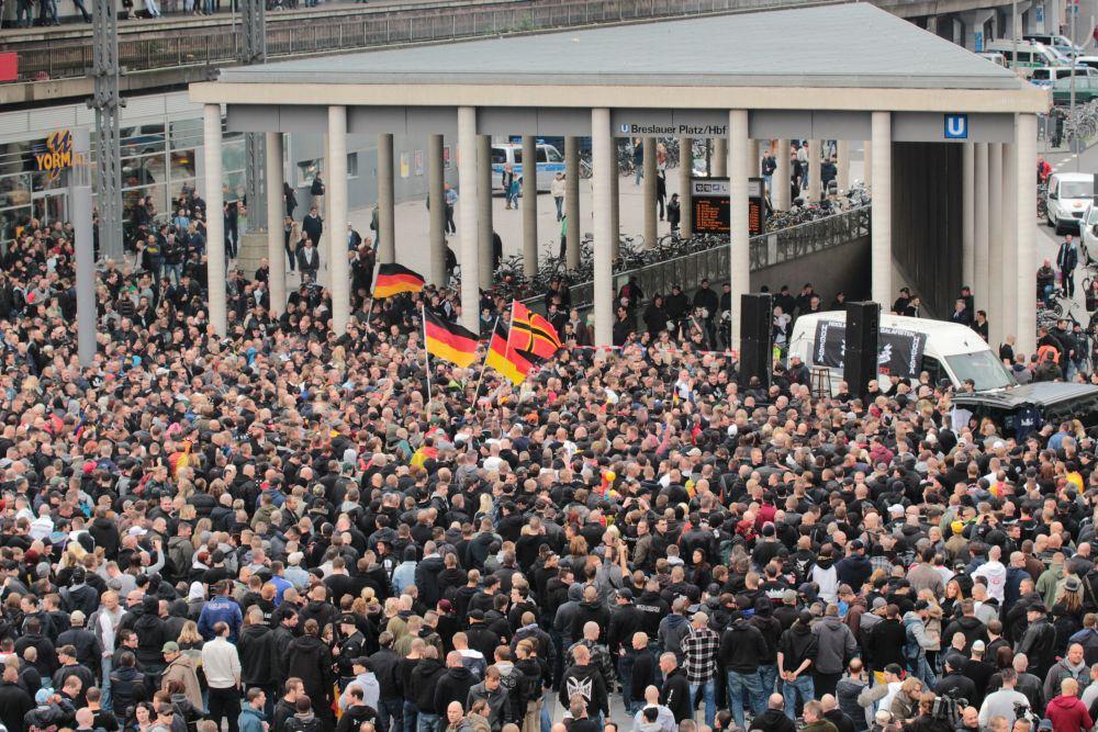 Движение PEGIDA — кошмар для немецкого правительства