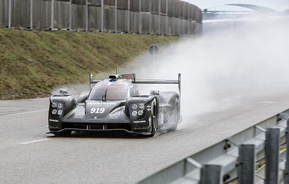 Porsche показала 919 Hybrid LMP1