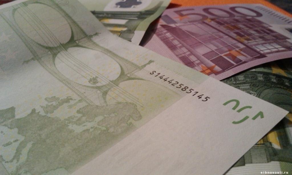 Евро вырос в цене до 73 рублей