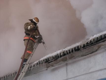 Добровольцы принимают активное участие в тушении пожаров