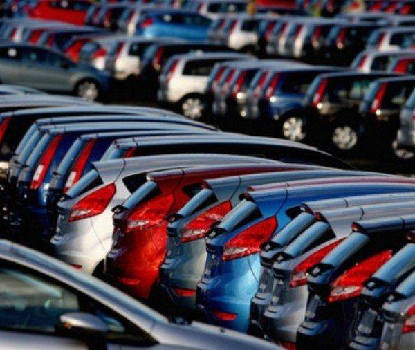 Продажи автомобилей в Европе выросли впервые за 7 лет