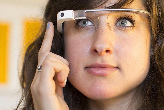 Производство очков Google Glass приостановлено Производство приостановлено.