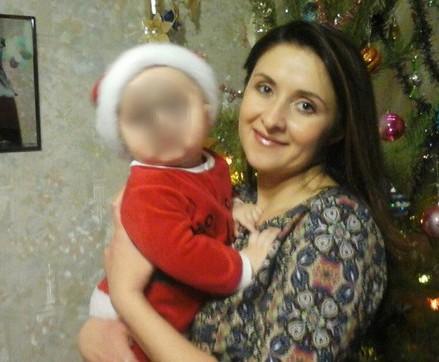В Челябинске молодую маму с ребенком вызволяют из плена
