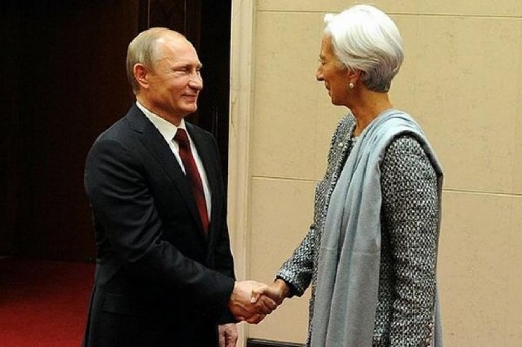 Путин обсудил с директором МВФ экономический кризис на Украине