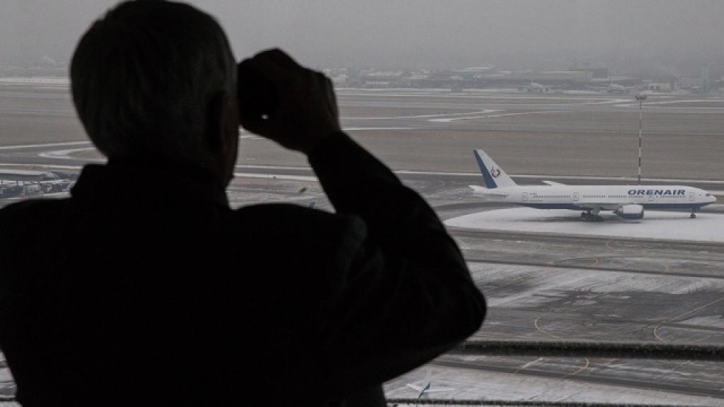 Самолет прервал путь в Москву из-за самочувствия пассажира. Самара,авиационные катастрофы и происшествия,больницы идео, п