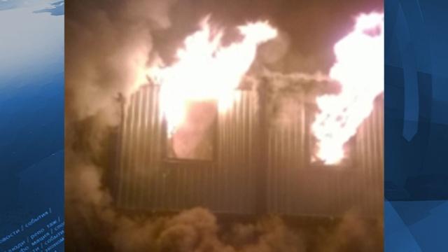 Трое погибли при пожаре на стройплощадке на севере Москвы. Москва,пожары