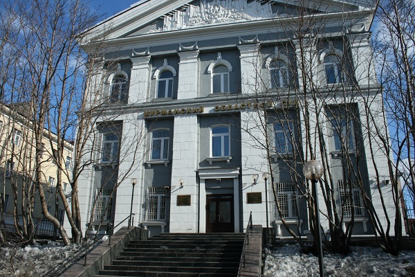 В Мурманске суд опубликовал решение суда за два дня до заседания