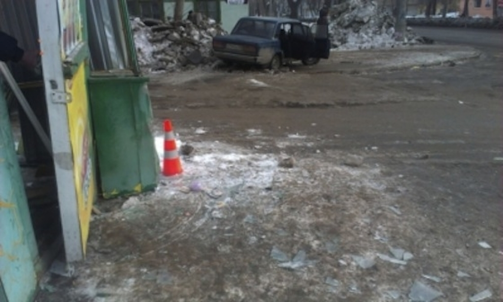 Водитель 'пятерки', скорее всего, умер за рулем
