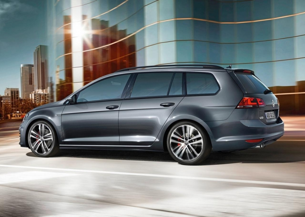 Заряженный» Volkswagen Golf GTD Variant/Wagon рассекретили