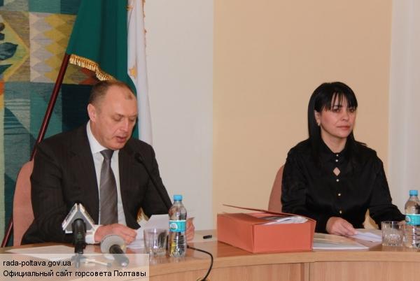 Полтавского мэра обвиняют в сепаратизме, а горсовет - в «бардаке»